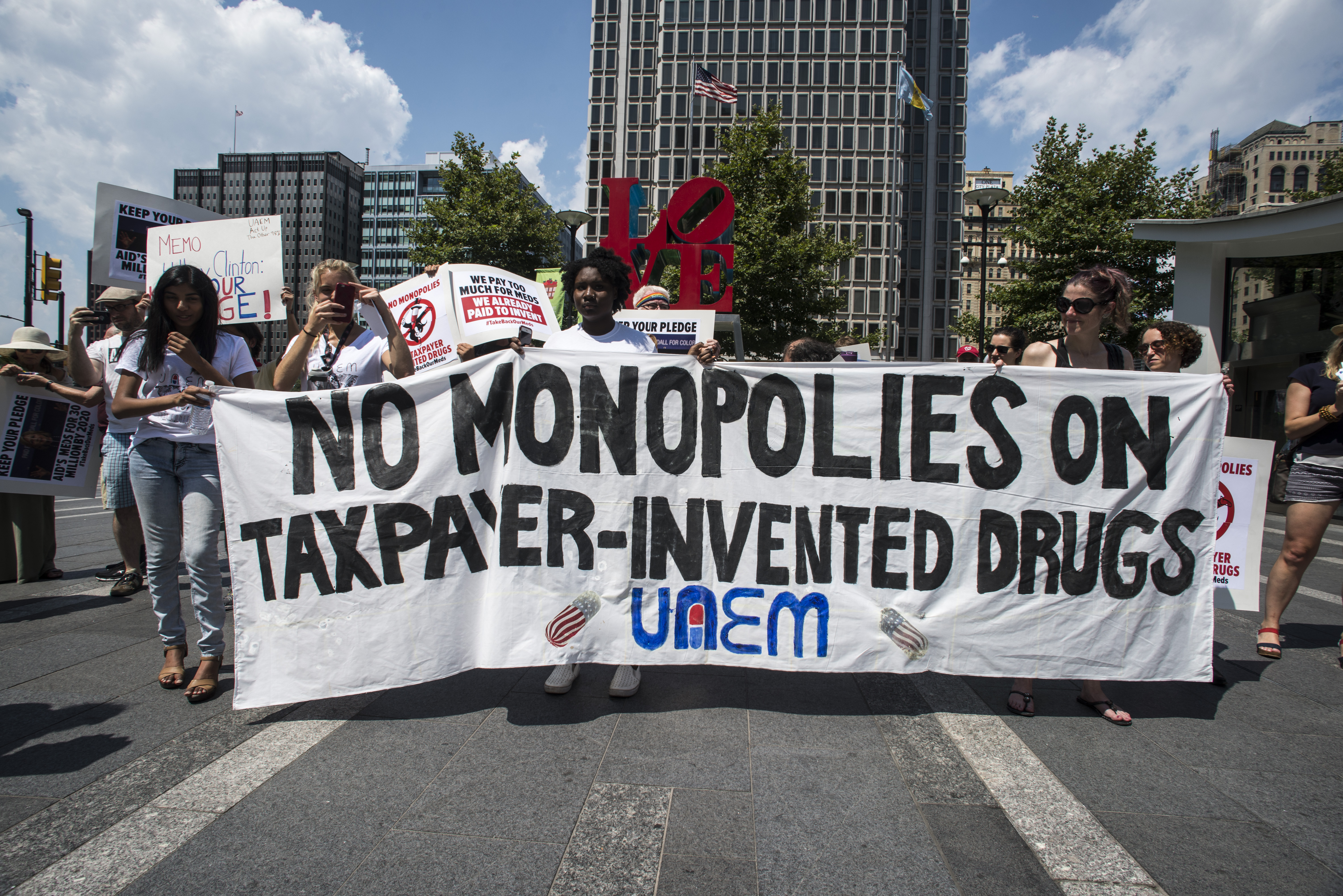 No monopolies on taxpayer-invented drugs